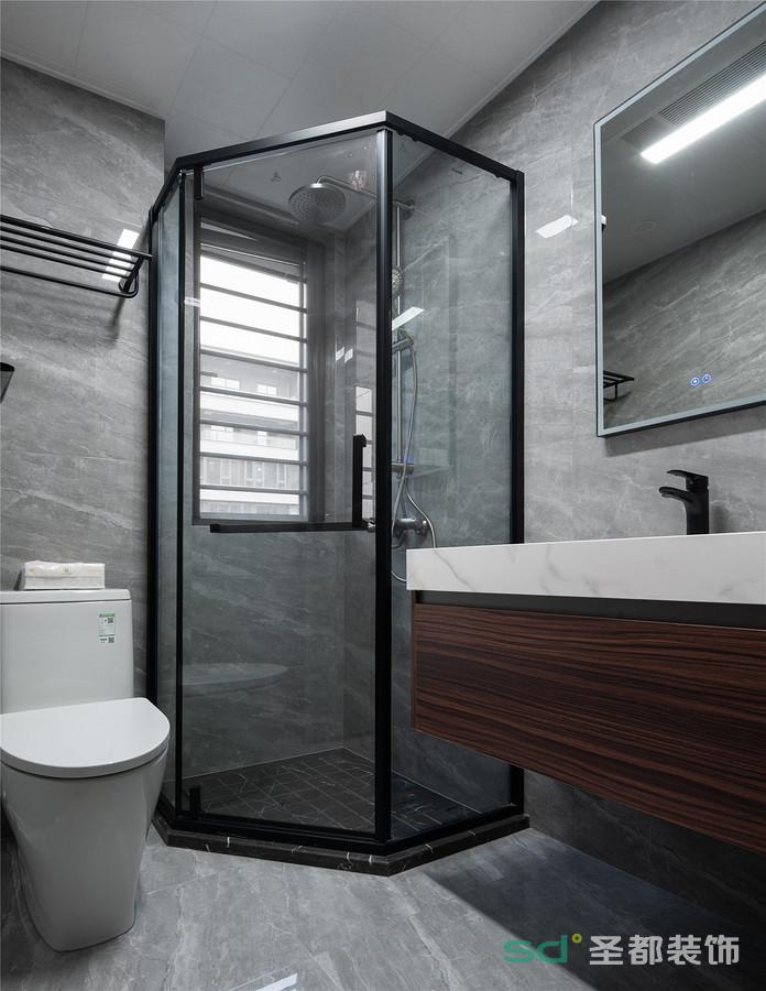 干净整洁,卫生间分区合理,简约的配色让空间趋于干净整洁。