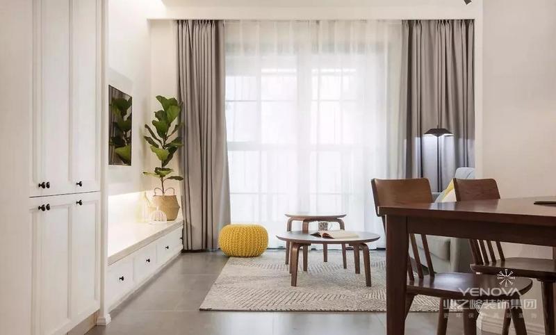 温馨美好的空间,加以充沛的光线,为家里带来舒适与惬意。