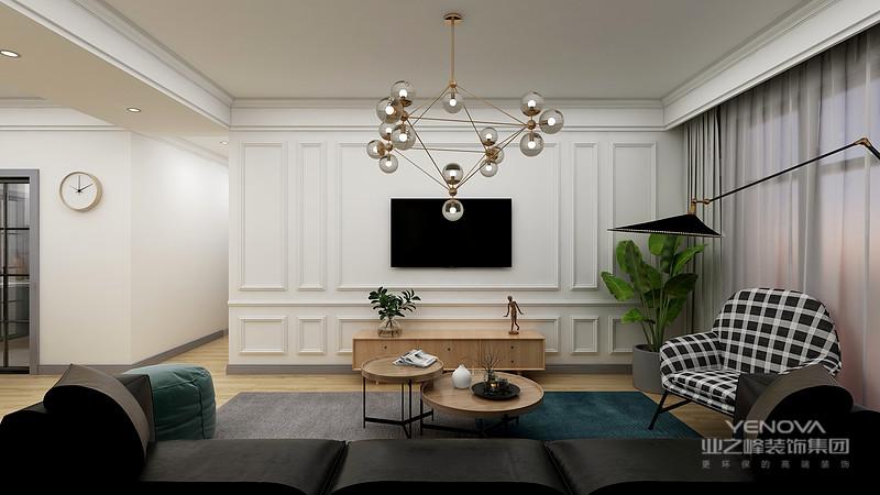崇尚古典韵味,美式家具里常见的是新古典风格的家具。这类风格的家具,设计的重点是重视优雅的雕刻和舒适的设计