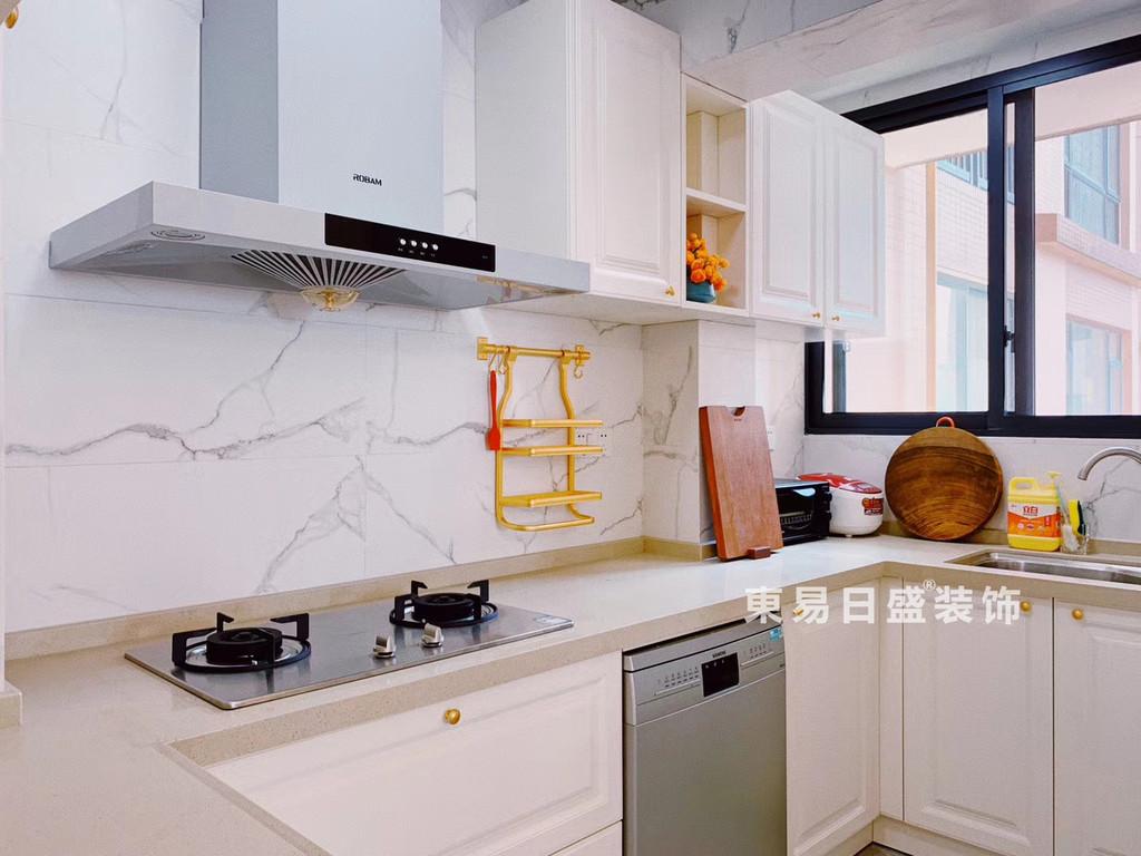 桂林玉柴•博望园两房两厅90㎡北欧风格:厨房装修设计实景图