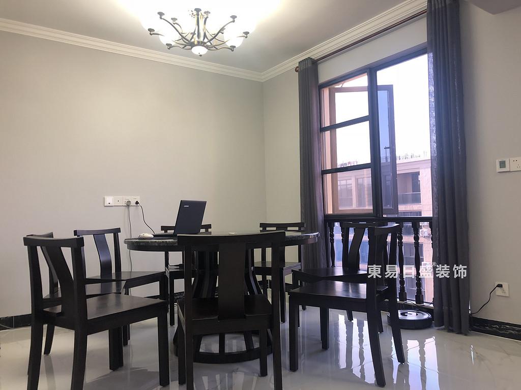 桂林安厦漓江大美顶层复式楼180㎡新中式风格:餐厅装修设计实景图