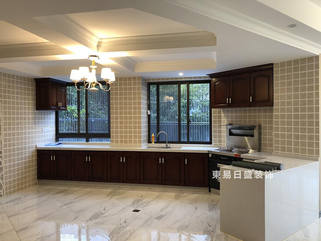 桂林彰泰•天街四居室180㎡轻美式风格:厨房装修设计实景图