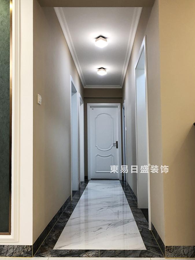 桂林彰泰?天街四居室180㎡輕美式風格:過道裝修設計實景圖