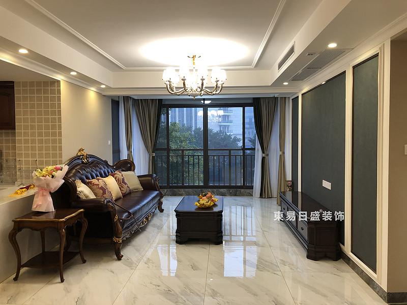 桂林彰泰•天街四居室180㎡轻美式风格:客厅装修设计实景图