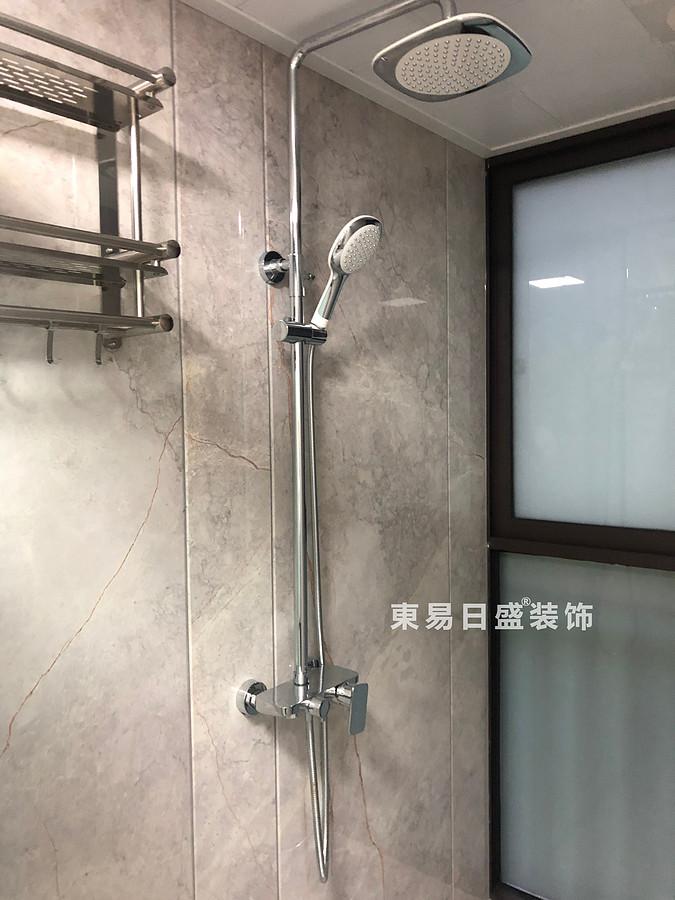 桂林彰泰?花千樹四居室140㎡美式風格:衛生間洗浴室裝修設計實景圖
