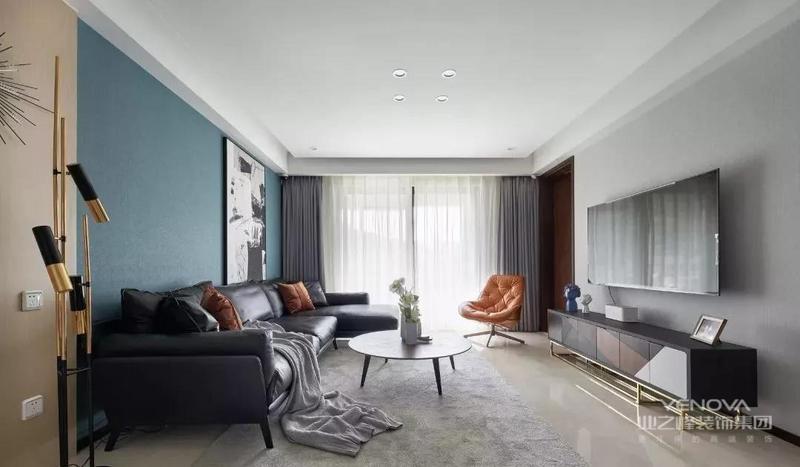 客厅无主灯设计,筒灯结合局部照明设计,显层高