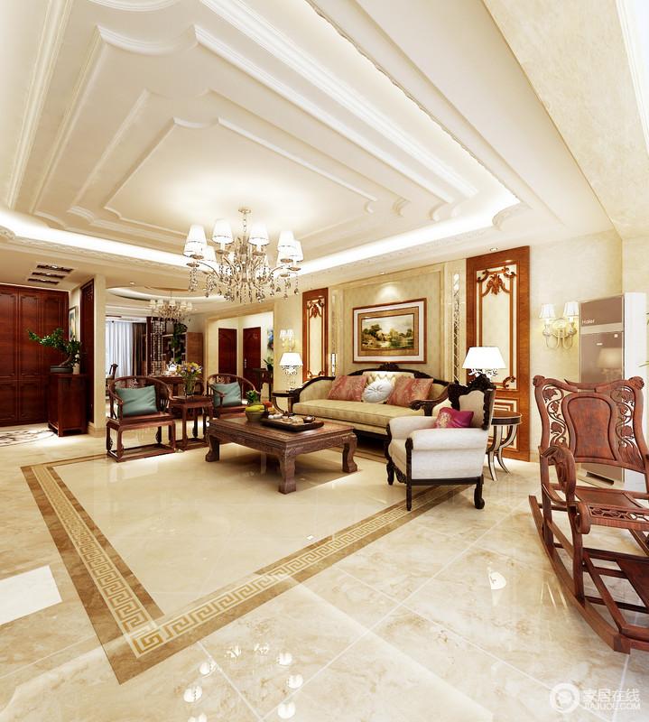 客厅在矩形结构的基础上,利用石膏将其加建成了简欧造型,层叠的结构设计带来一种恢弘的气势;米色仿旧砖和新中山圈椅、简欧沙发等组合,足显生活品味。