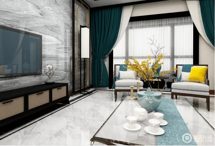 客厅的整体线条和框架以现代为主,带灰色花纹的地砖跟背景墙形成呼应,而绿色窗帘与白色纱幔衬托着花器和饰物,营造起空间的文艺和优雅。