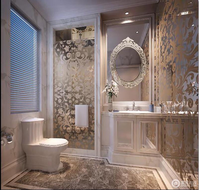 卫生间在玻璃门上加印花的设计使空间既不失通透,同时,也再现了欧式宫廷的轻华精奢;白色盥洗柜和百叶窗实用、简单之中,给主人带来不一样的舒适体验。