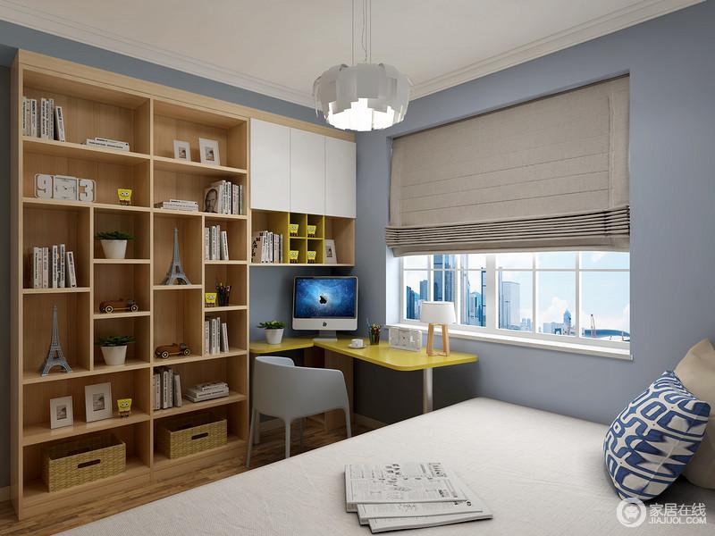 书房以蓝色为主,搭配定制得实木几何书柜,让空间清暖之余,多了实用性和文艺感;黄色书桌搭配蓝色木椅给予空间色彩,同时,让空间更具有生活的温馨。