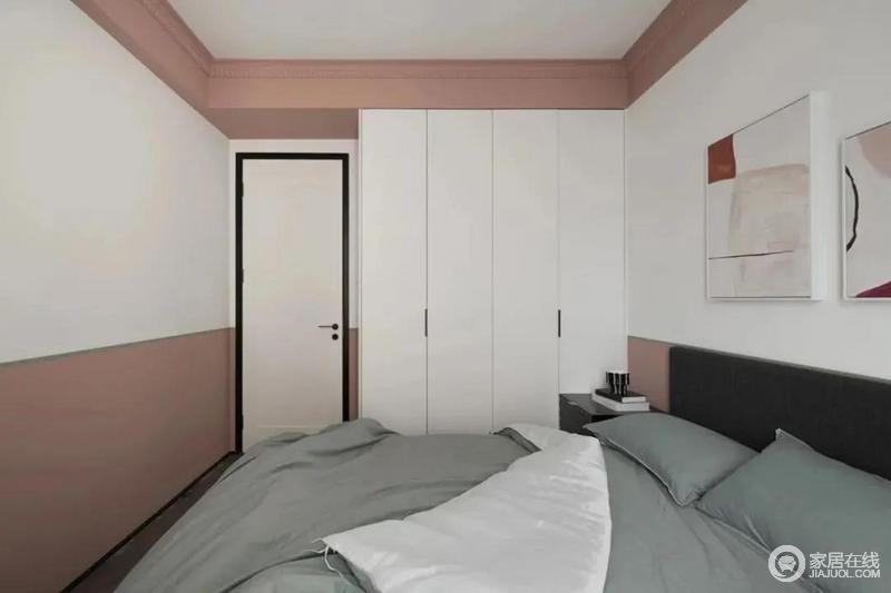 女儿房以粉色为主色调,墙面采用上下分色处理,粉与白之间用绿色间隔,在细节之处丰富了视觉效果。