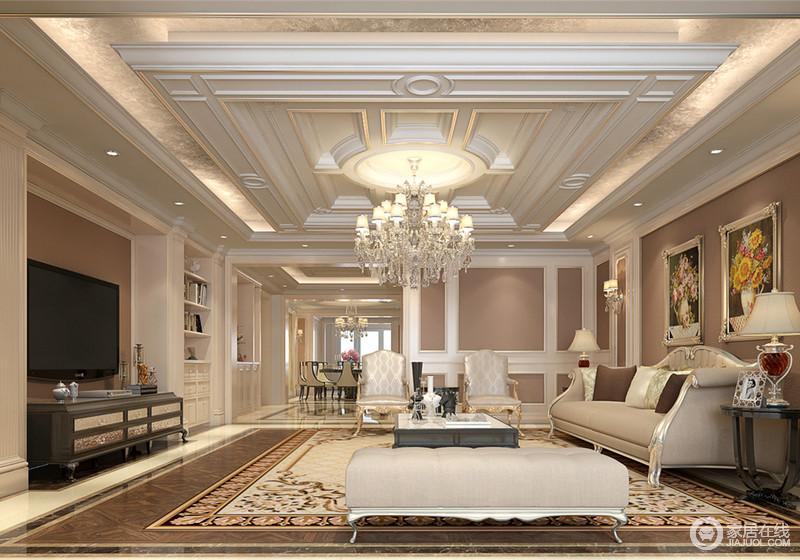 悬挂型天花上描金线精致细腻的刻画着石膏板,彰显出的立体质感呼应着客厅背景墙面;装饰的金箔在灯影的映照下,散发出的华奢溢满优雅空间;纯净的白色与中性的驼色配搭,带来温厚安然的柔和,与沙发组和地面,制造出装饰上的层次。