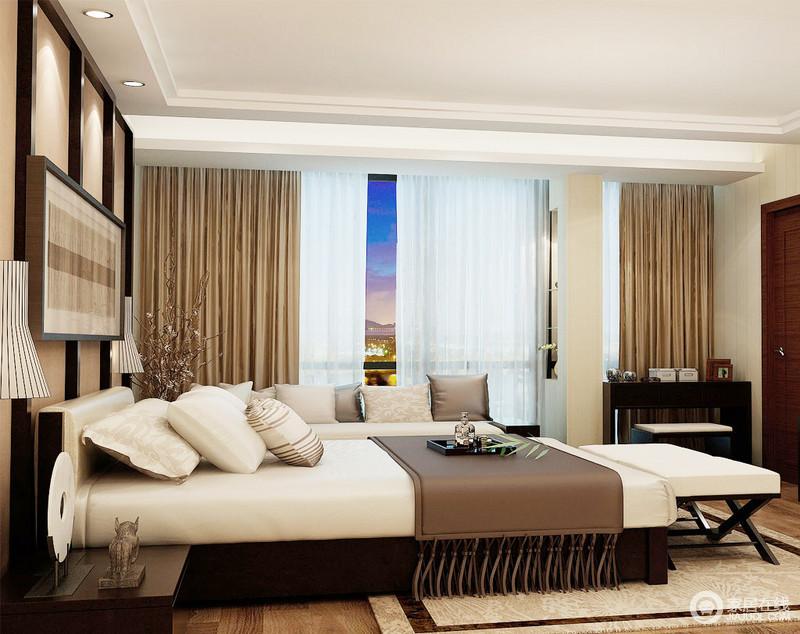 卧室平直地吊顶简单将功能区作了分隔,床铺和沙发满足不同的生活需求,却以中性色彩表达生活的柔和舒雅;背景墙的木框结构搭配新中式台灯和挂画,朴质之中,彰显内敛别致;驼色窗帘的柔软和实木家具的考究、敦实,裹挟着床尾凳的利落,让生活格外温馨、古朴。