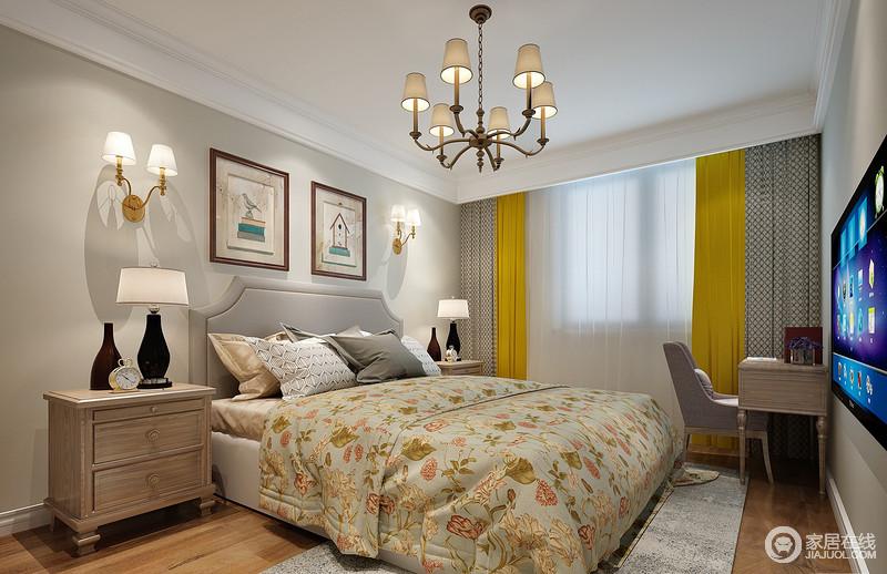 卧室被营造的舒适活泼,设计师用柔和宁静的浅米黄作为墙漆打底,衬托着布艺的风姿;床品上优美动人的花卉图案、几何纹及窗帘上明媚鲜亮的鹅黄,构建出空间缤纷色彩,渲染出一室的温馨浪漫。