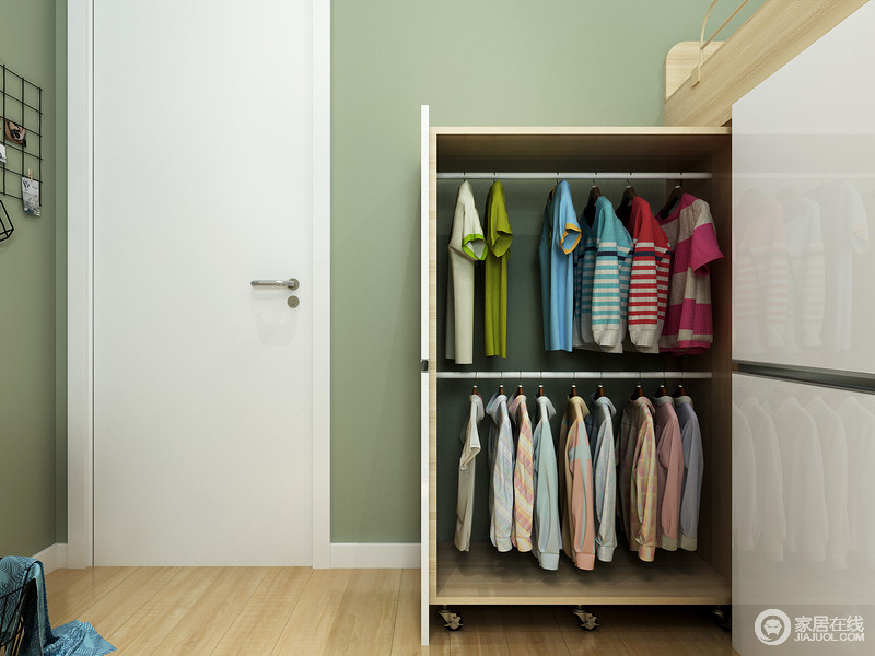 打造专属的抽屉柜和衣柜进行收纳,同时可让孩子参与整理和收纳。 这样他们才有意识不把东西弄乱,懂得整理好。