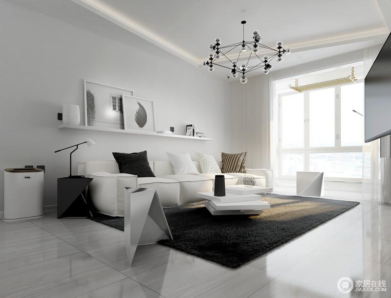我们的家居生活也不例外,现代风格的家居设计同样融入了很多现代化的高科技元素,让人们每天都生活的更加阳光方便,同时也体现了人们的生活品质和时尚。