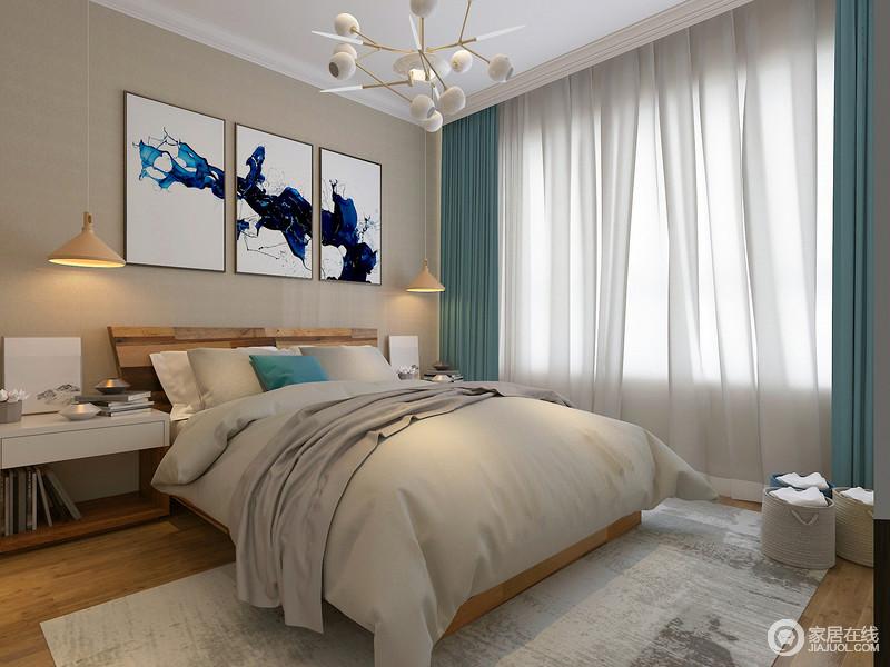 卧室以驼色漆粉刷墙面,与原木地板构成温和朴质,拼接组画的黑蓝紫色具有泼墨艺术感,裹挟着东方之雅;现代灯具新颖时尚,与蓝白色窗帘相和出了新雅,给生活无限的雅致。