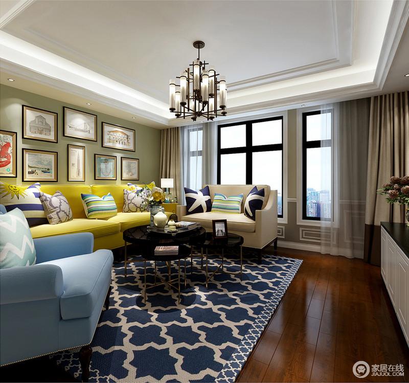 客厅采光充足,整体色彩对比强烈,蓝白几何地毯的摩登搭配撞色系沙发,营造舒适与活跃;金属筒灯的现代美式设计与黑色圆几形成反差,却张扬着精致,再加上墙上的挂画,生活多了份温情。