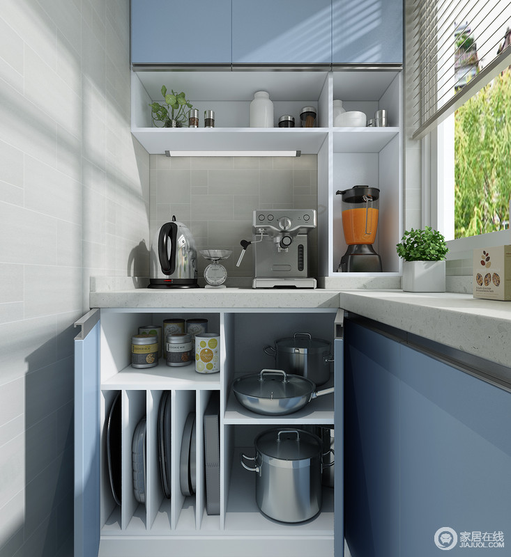 L型橱柜更充分的利用地面空间增加了收纳面积,并且在细节上更能照顾到用户的操作体验。合理的空间分割,让不同种类的厨房用品,都能巧妙的存放在其中,并变得合理有序。