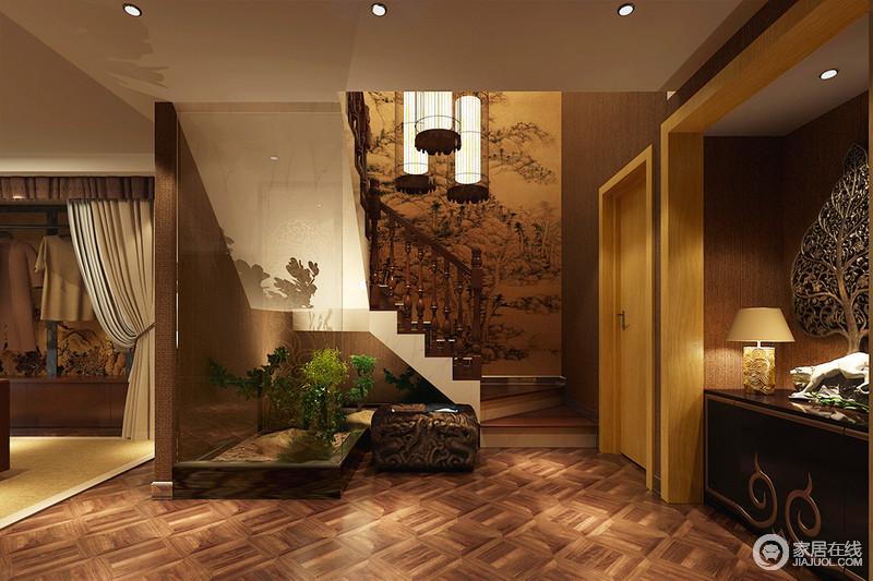 整个休闲室以褐色为主,营造沉稳厚重的仿旧风,楼梯处的中式写意画给人东方意境,而欧式圆拱形木楼梯的欧式工艺凸显了大气;室内绿景的的点缀,给予空间清新,让生活有了生机。