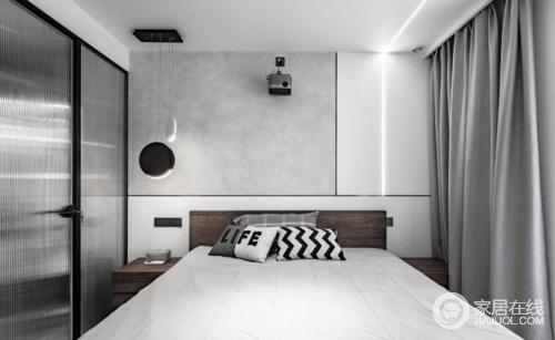 主卧的墙面跟玄关区域的墙面同理,以白色和灰色板材为主,靠L型的线条灯及床尾过道的射灯照明与金属条勾勒几何趣意;电视对于现代人的居住习惯来说,已经没有那么重要,所以做了投影,躺床上看看电影再入睡;吊灯的情景营造,与白灰色搭配的软装,让空间更为雅静、舒适