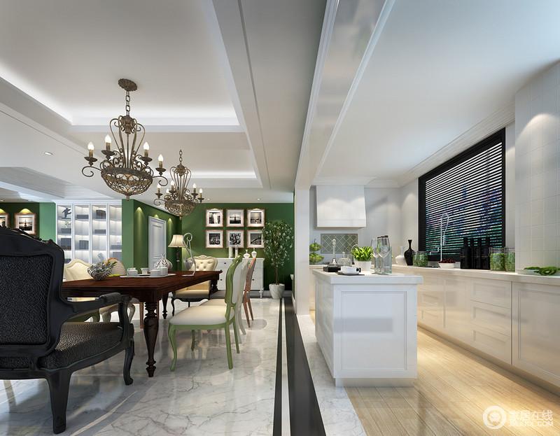 厨房被设计成开放式,与餐厅空间亲密相连;岛台和垭口,无形中划分了空间区域;整体厨房以白色为主打,彰显着时尚的质感;但白色太过清冷,搭配温和的木质地面,使视觉上冷暖得到平衡。