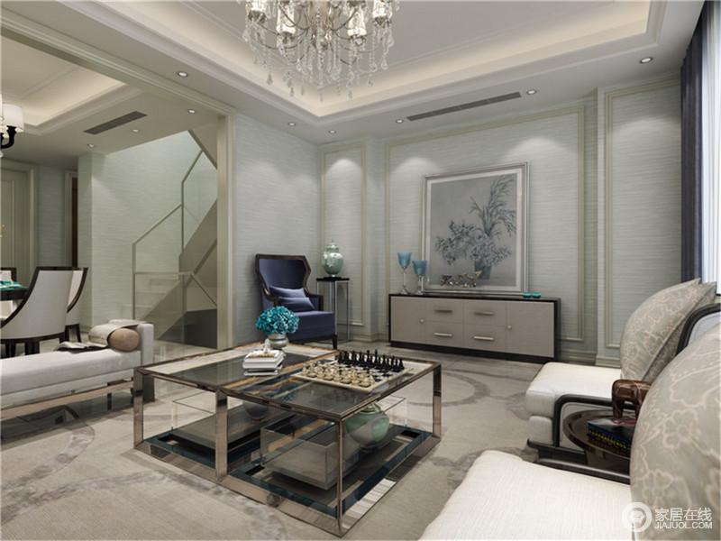 简约欧式风格沿袭古典欧式风格的主元素,融入了现代的生活元素。