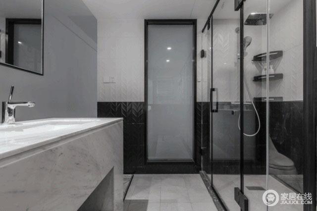 设计师为了保证卫生间的干燥,设计成干湿分区,虽然小空间略显紧凑,但是,凸显这个小空间的层次感,每个功能区也做到互通、实用,在增强空间感的同时,满足日常使用。