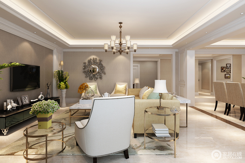 空间结构简洁,驼色壁纸以内敛的色调营造着素朴,个性的装饰镜与黄铜圆几绽放着古典艺术的新工艺,颇为精奢;淡黄色沙发在铆钉单人沙发的陪衬下多了份野性,却在地毯装饰下更显暖调。
