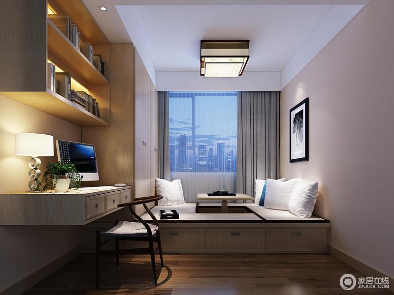 榻榻米与衣柜一体式,让小空间不但休闲,更具有丰富收纳功能;书桌、搁架的设计,宛如从衣柜处延伸出来,整体上保持一种连贯统一,功能上更具多样性;白色的靠包纯净清新,配灰色窗帘与晶粉色墙面,空间蕴起柔和舒缓的情调。
