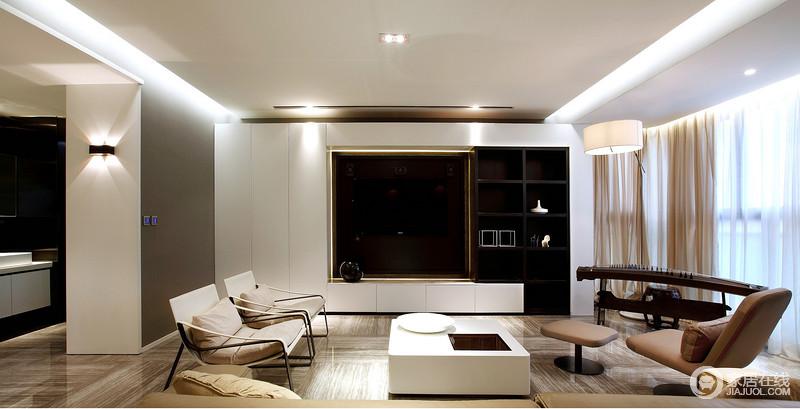 客厅的背景墙设计成了一个具有储物性的立面,白色储物柜简约的线条,搭配黑色置物格,以对比演绎抽象美学,并以简约的设计,让生活足够舒适和大气。