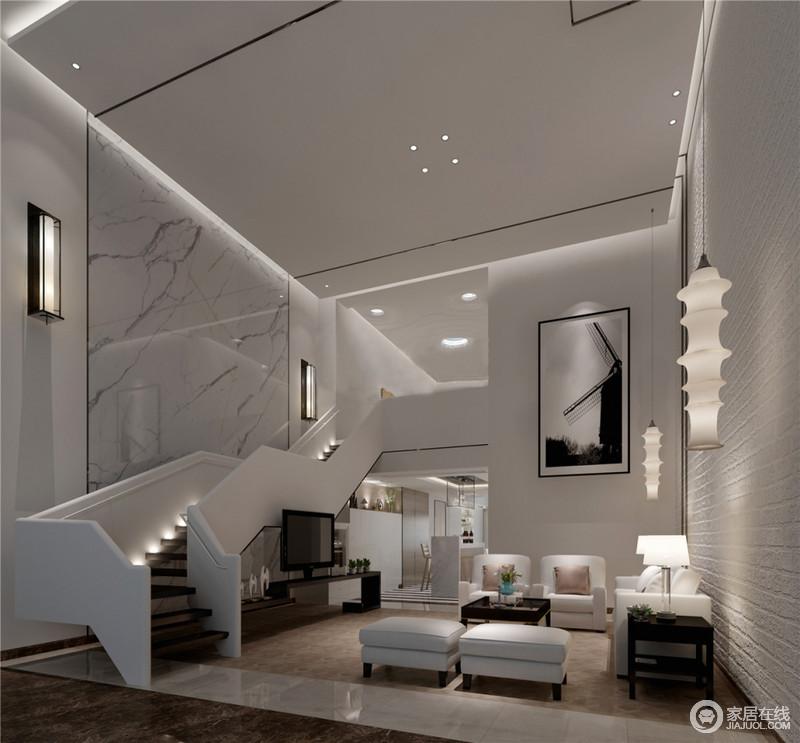 客厅空间纵深挑高,蜿蜒而上的楼梯带来向上的延展,在点光源的大肆营造下,灰白主打的空间透着现代时尚格调,显得十分轻盈灵动;沙发组和茶几、边几则用米白和棕木色对比,制造层次感,由此整个空间基调简洁又沉稳。