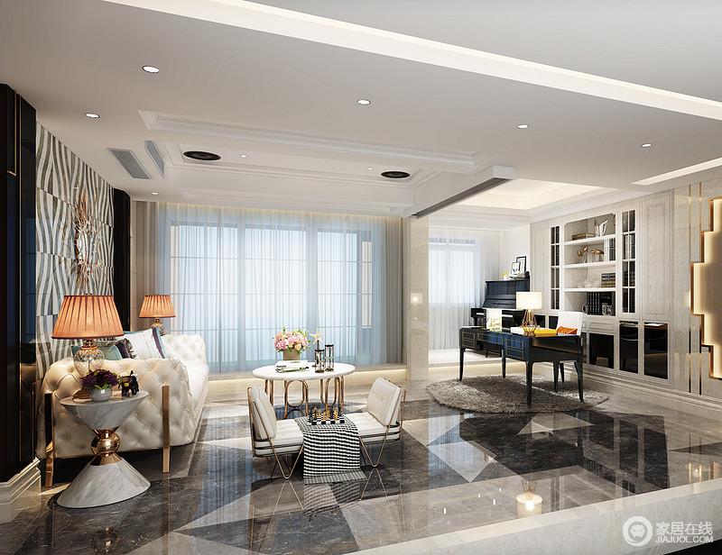 二楼的公共区域也被设计师营造的轻奢华贵,无论是沙发背景墙亦或是书桌背景墙,都利用几何线条的创意营造,加上地板的色块,让整个空间充满了一种时髦雅调。