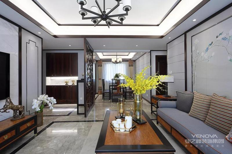 因为酷爱中国文化,古风韵味的新中式装修风格恰好诠释着兴致所在。