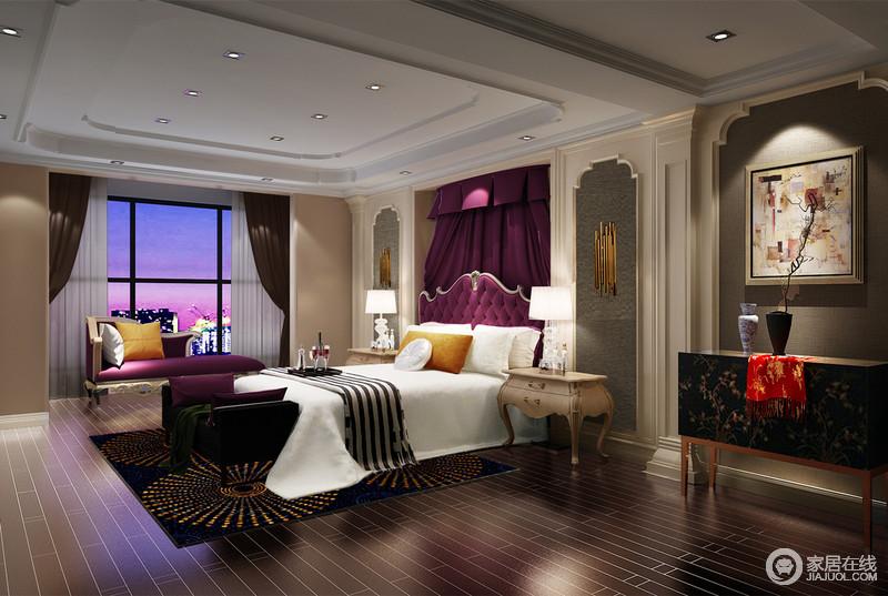 卧室运用了大量的拱形门洞元素,与客厅装饰格调遥相呼应,同时也作为空间区域和层次的划分;在白色和灰褐色的搭配中,设计师加入了神秘的紫色和奢贵的金色,瞬间提升了空间的格调,旖旎出风情。