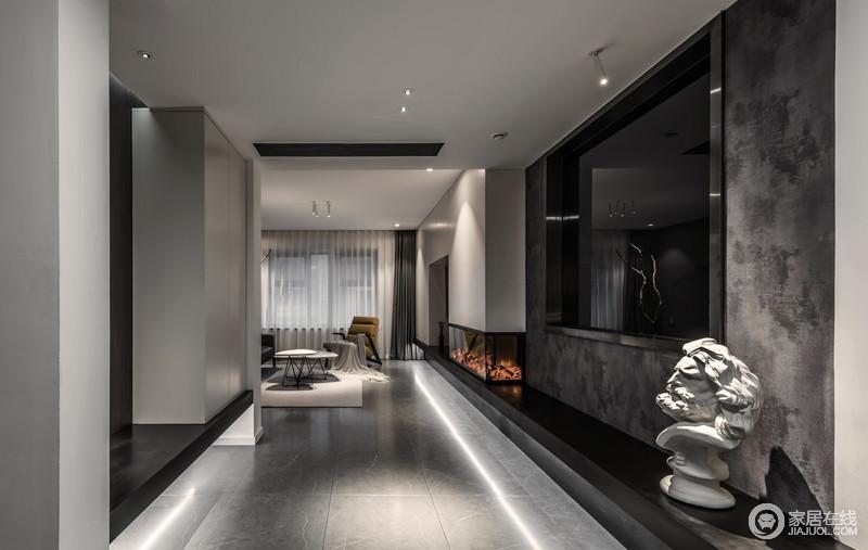 客厅局部的重点照明营造有层次的灯光效果,让白天的燥闹一扫而光,好的灯光设计是给空间注入灵魂的。