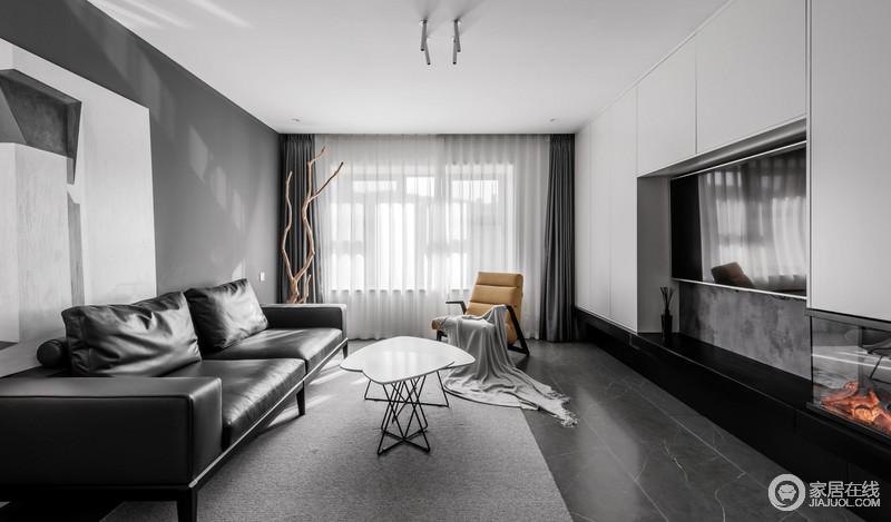 电视柜为客厅提供强大的储物空间,却以简洁的墙面设计来表现简约之风,黑白灰的经典搭配,延续抽象艺术,让生活充满格调。