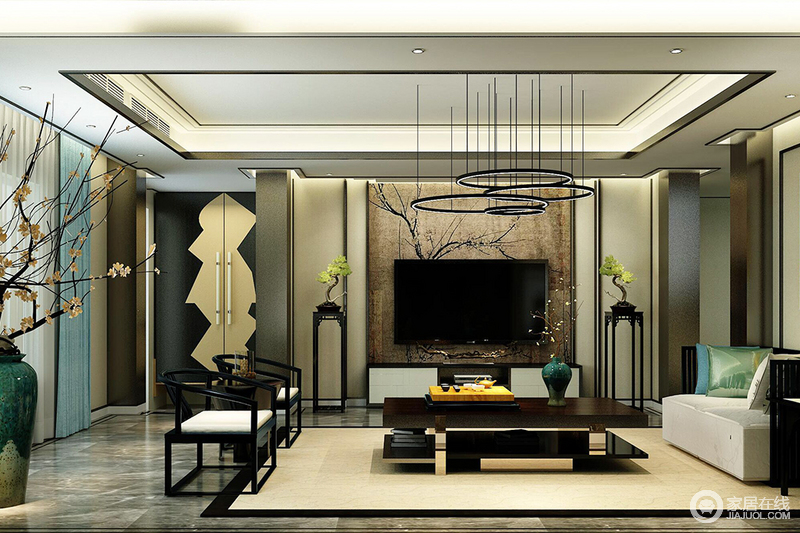 客厅以中性色为主,驼色立面与地毯缓解了黑色色砖石的沉重,平衡着空间的色彩;个性的木门、古朴的木花架与中式圈椅以中式气韵,造就东方别致;而现代黑色金属茶几、吊灯搭配彩色的靠垫,为空间带来色彩时髦,打造了一个独特地新中式。