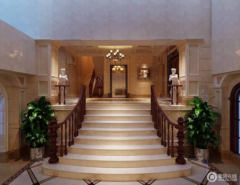 过厅的设计因为台阶和扶手与入口的矩形建筑结构构成立体,让整个空间好似一个年代久远地宫廷城堡;米色的设计沉稳而内敛,与石雕构成一种内外的气势,让家也是一个艺廊。