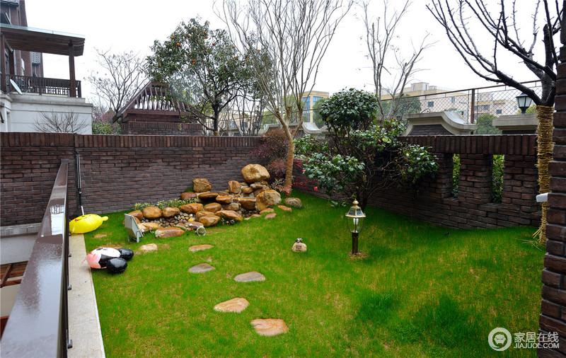 一片绿色的风景小院,让心情豁然开朗。