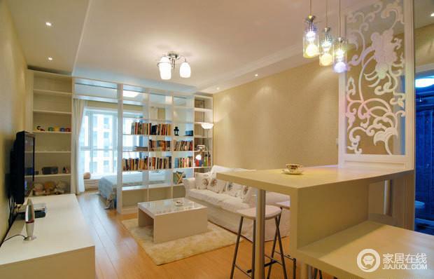 白亮光系列家具,独特的光泽使家具倍感时尚,具有舒适与美观并存的享受。