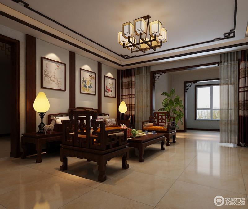 中式考究的家具给予空间大气沉稳,挂画中的自然情趣、花鸟鱼虫等细节,取其美好的寓意来表现人们对美好生活的追求。