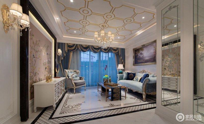客厅以白色作为空间主色调、湖蓝色为点缀,蓝白之间更显大气;金属条几何吊顶搭配简欧吊灯,绽放着轻奢之光,每一件家具都以巴洛克设计彰显大气,令生活极具华丽。