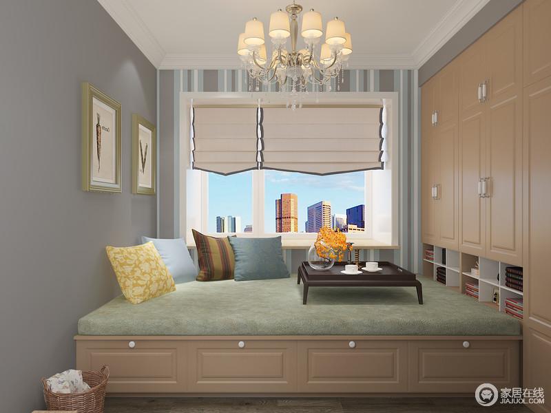 定制榻榻米对于兼顾储物的客房更为实用,大面积的储物空间解决了收纳紧张的难题,同时,让休闲生活更显精致。