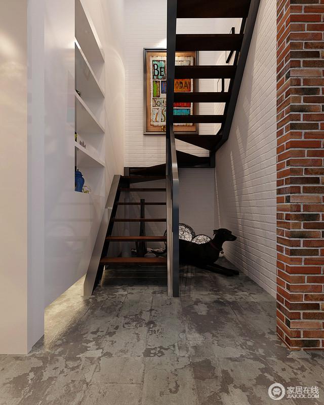 楼梯区起到衔接空间的作用,金属和实木打造的楼梯具有线性之美,但是设计师也增加了收纳功能,让空间知道实用哲学,并与白色砖石呈工业时尚;斑驳地地面与砖石搭配出工业感,却与艺术画让空间具有艺术感,简单而别致。