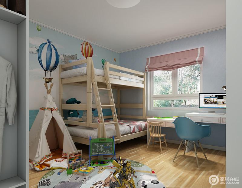 原木色的家居搭配蓝色的墙面,简单清新的北欧风让环境更加轻松惬意。
