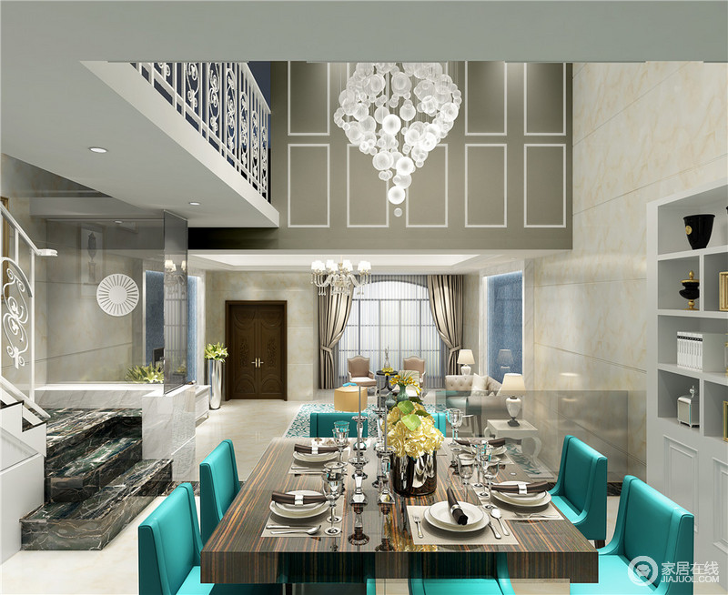 双层的阔朗空间里,从顶上华丽垂坠的吊灯与二层雕花栏相得益彰。厚重细腻条纹木质餐桌,搭配极具时尚感的蒂凡尼蓝餐椅,混搭碰撞中,高贵典雅的就餐环境呈现出来。
