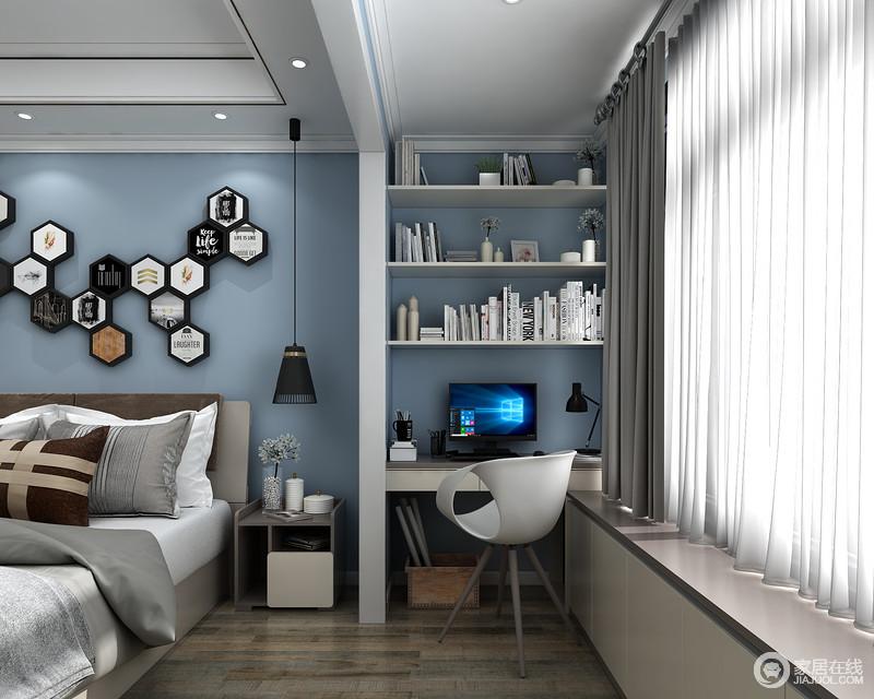 墙面集纳,使用层板,利用墙面的空间,书籍和资料都可以很好的摆放在上面,方便取用并且显得整齐划一。