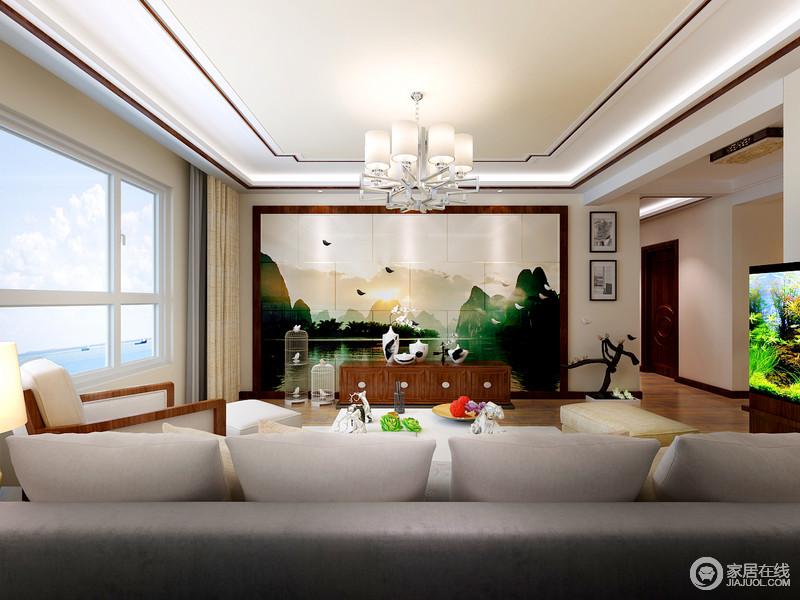 客厅的吊顶以红木来框裱,中式简洁的线条更显大气;设计师通过造景的方式将背景墙的山水绿意描绘出自然隽雅,高低不同的鸟笼摆设、黑白瓷瓶带着中式传统的文化元素,让空间张扬着新、旧美学。
