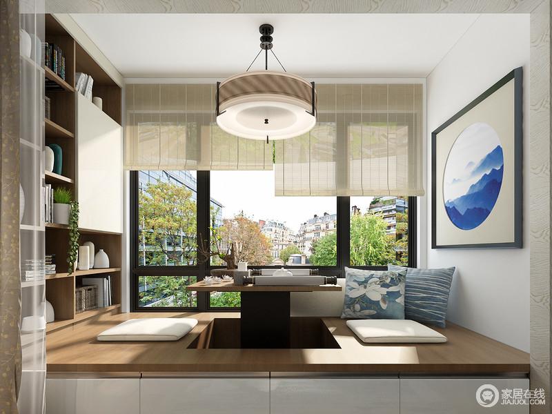 卧室阳台,宽敞且明亮,不仅可以为卧室提供充足的照明,更是在满足业主个性需求的情况下提供收纳的空间。